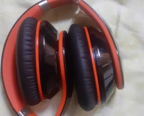 Mpow brand wireless headphone' only 1 month used  best sound ' best quality