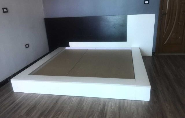 modern king size bed