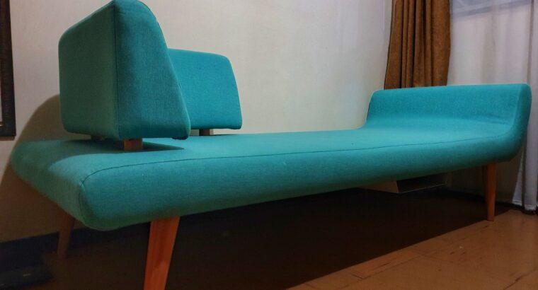 Daybed (Bedside Couch)
